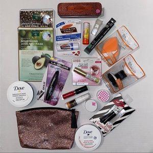 NWT Makeup Beauty 19 Item Bundle
